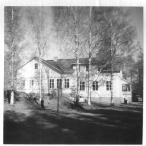 Mäntlahden kansakoulu. Kuva M. Taarin arkisto