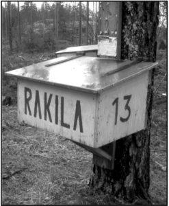 Rakilalaisten postilaatikko. Kuva Ilkka Ahmavaara.